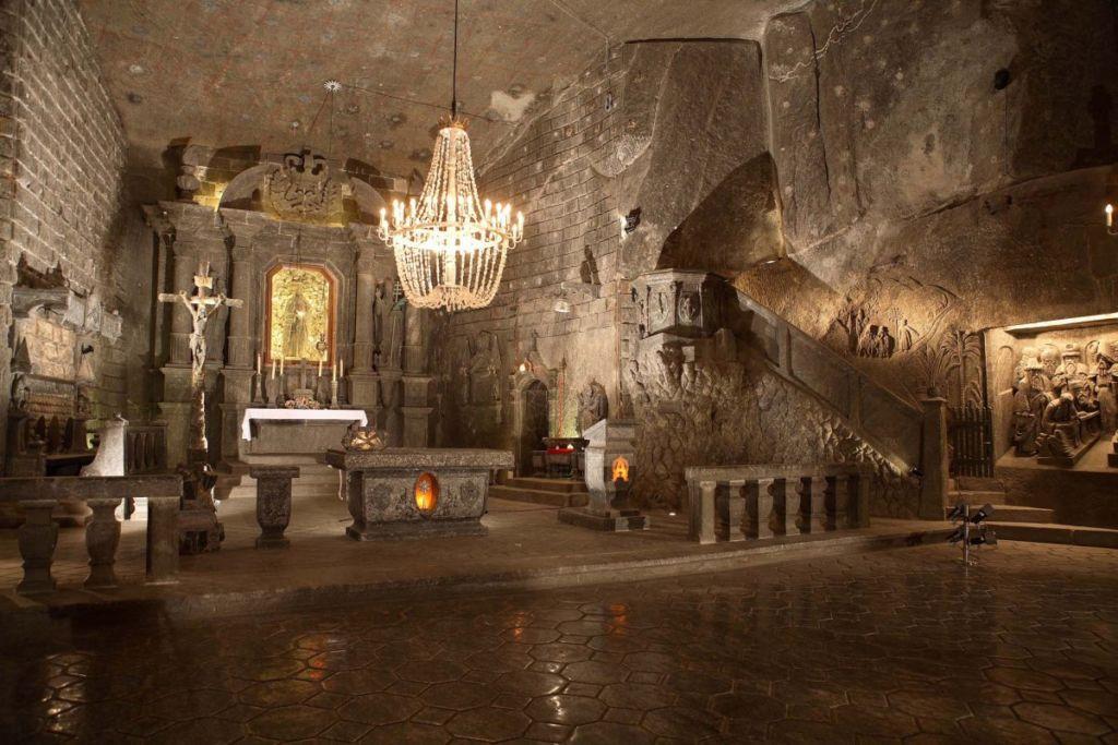 Средневековые подземелья