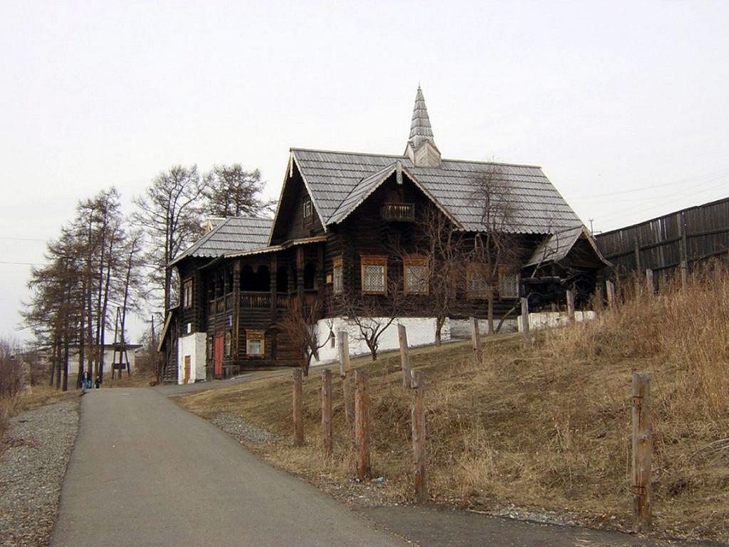 Побывала в этих местах с паломнической поездкой только великая княгиня Елизавета Федоровна Романова