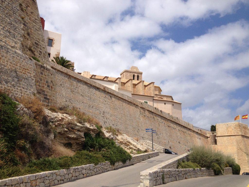 Современный замок дворец фото приобрести