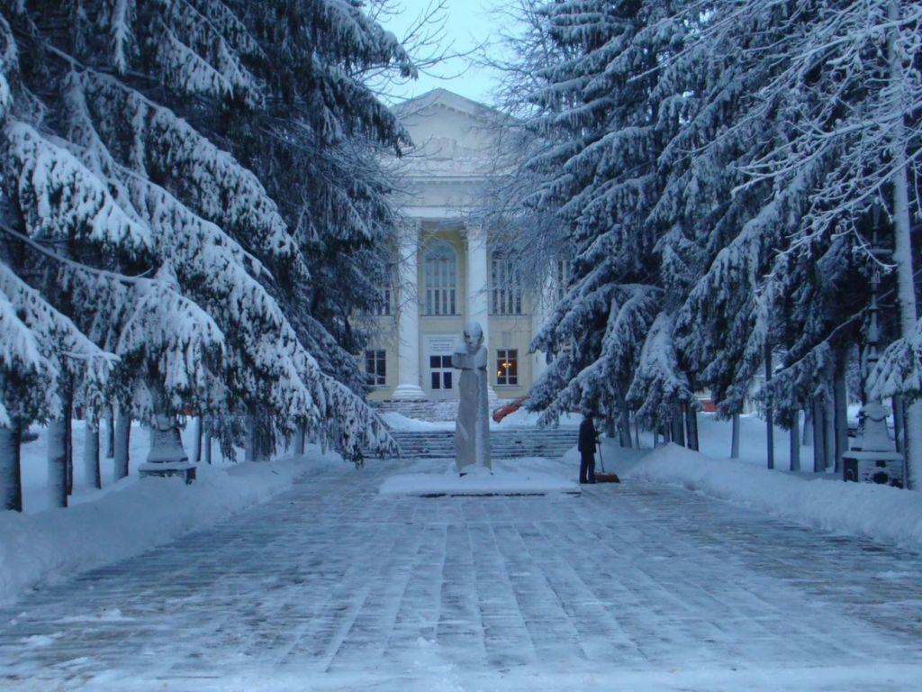 Снежная-дорога