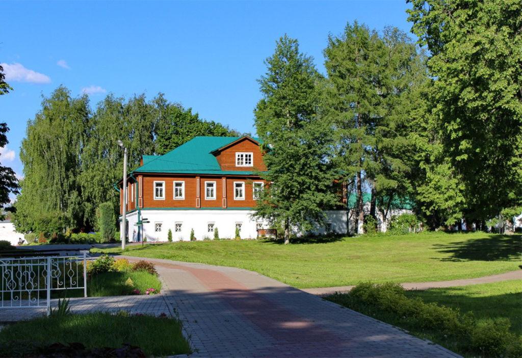 Дом настоятельницы монастыря фото