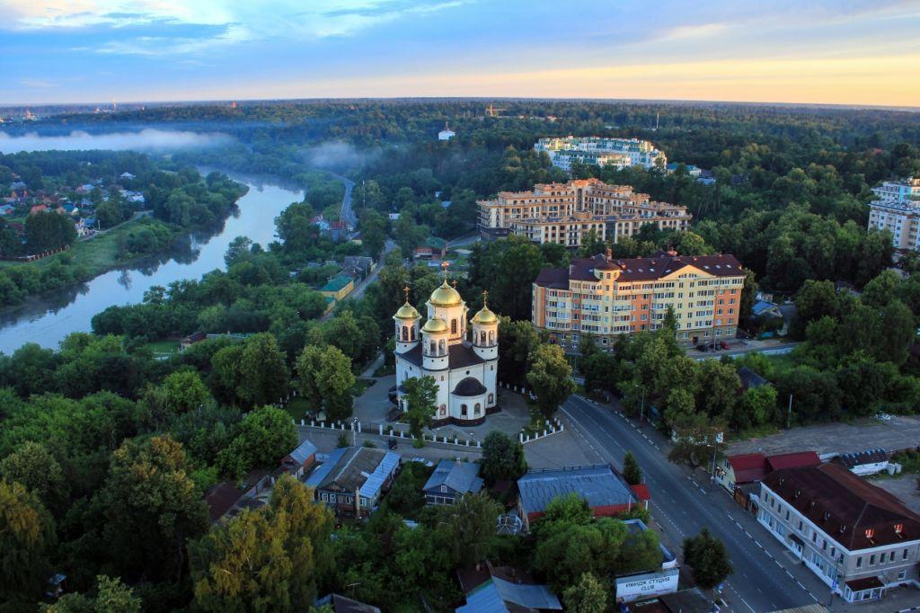 большинства людей звенигород московская область фото города вызвано