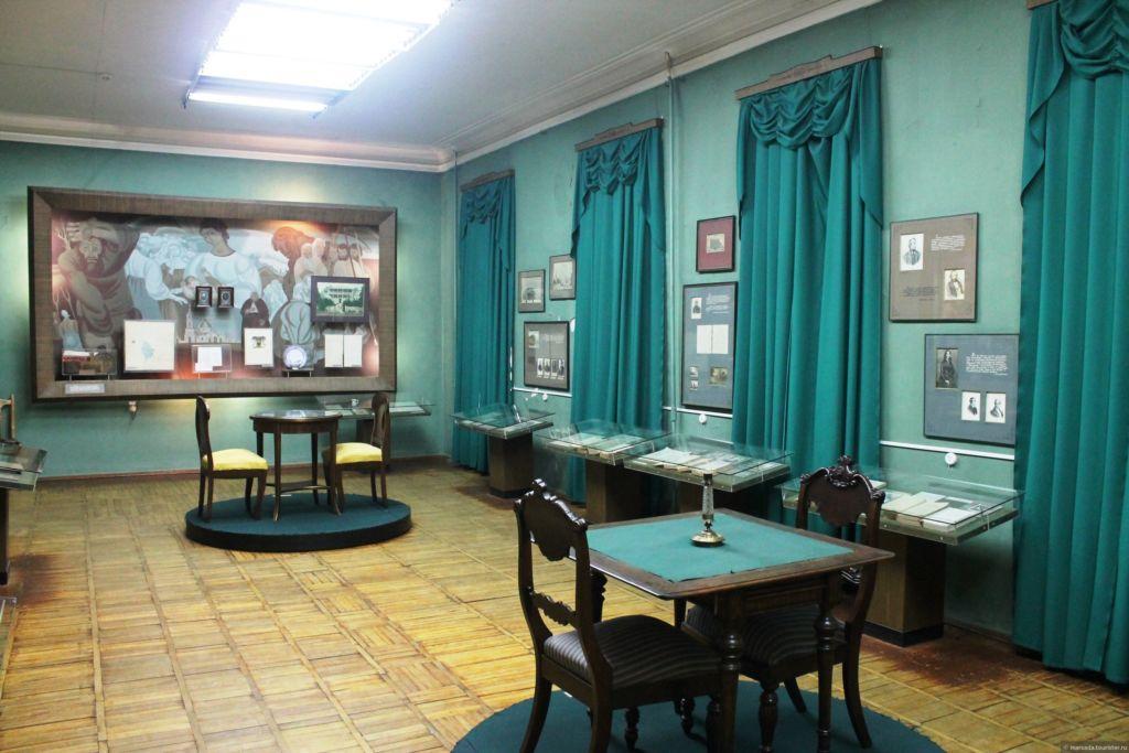 Комната с экспонатами