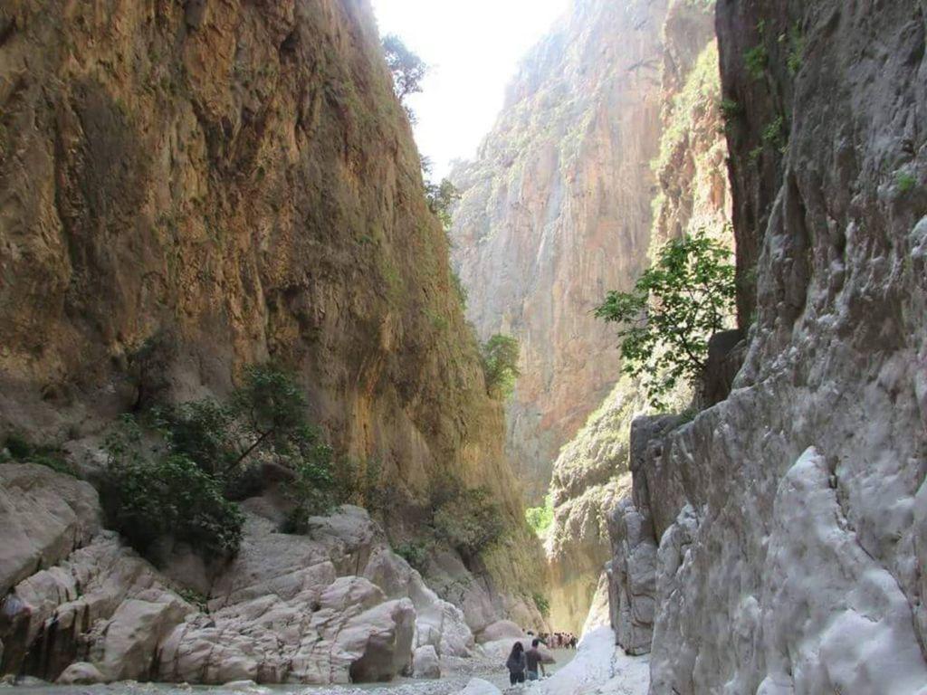 Длина каньона составляет 18 километров