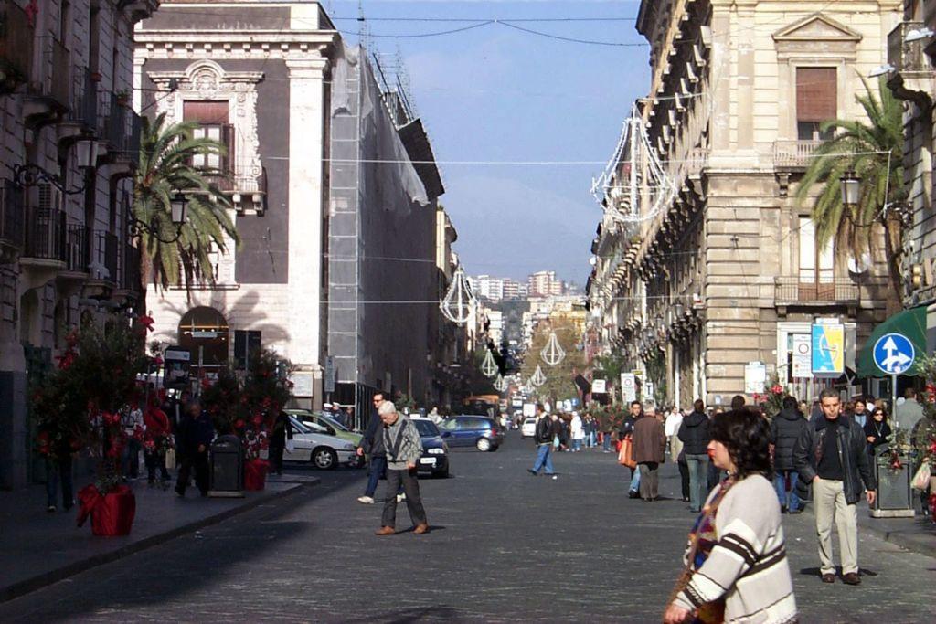 Улица Виа Этнеа