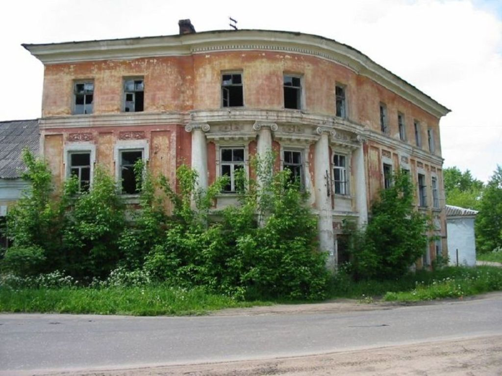 Екатерина II некоторое время здесь проживала в 1785 году