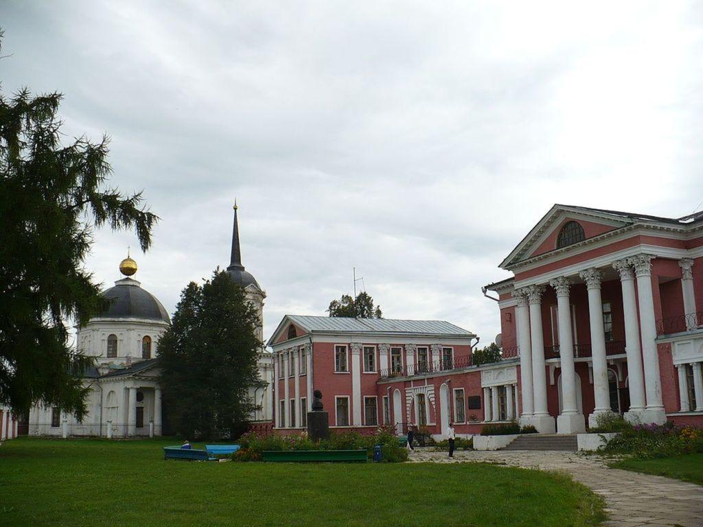 Поэт и его супруга неоднократно бывали здесь в 1833 – 1834-х годах
