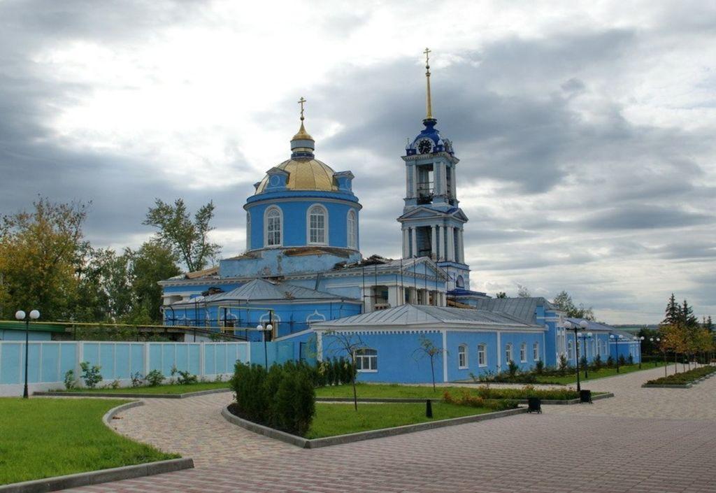 Заложен в 1797 г. и освящён в 1800 г.