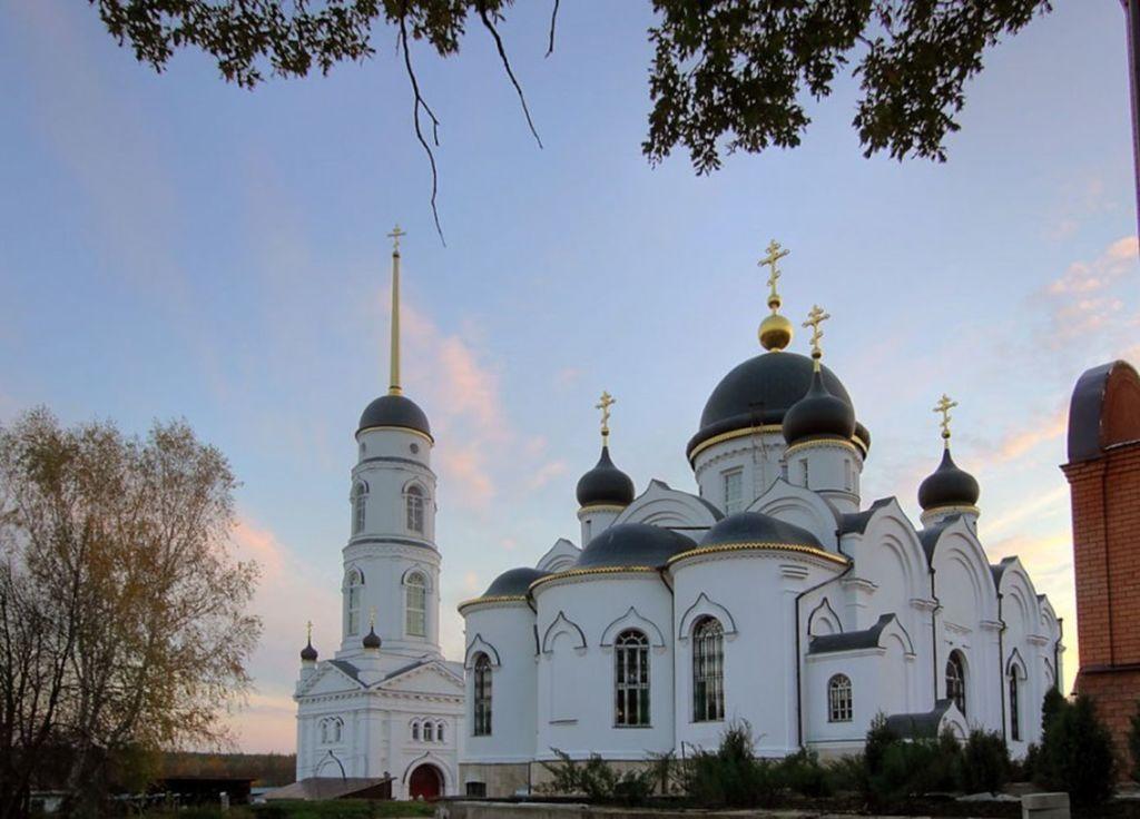 Женский Свято–Тихоновский Преображенский монастырь