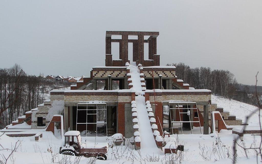 Домодедовская пирамида