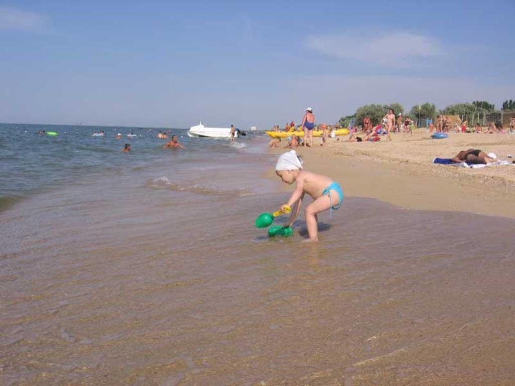 В Голубицкую приезжают ради наслаждения теплым летним морем